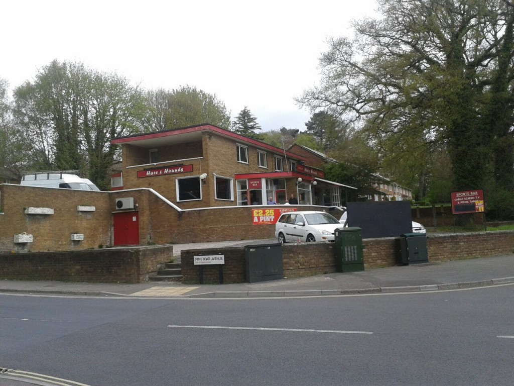 The Hare and Hounds, Cheriton Avenue