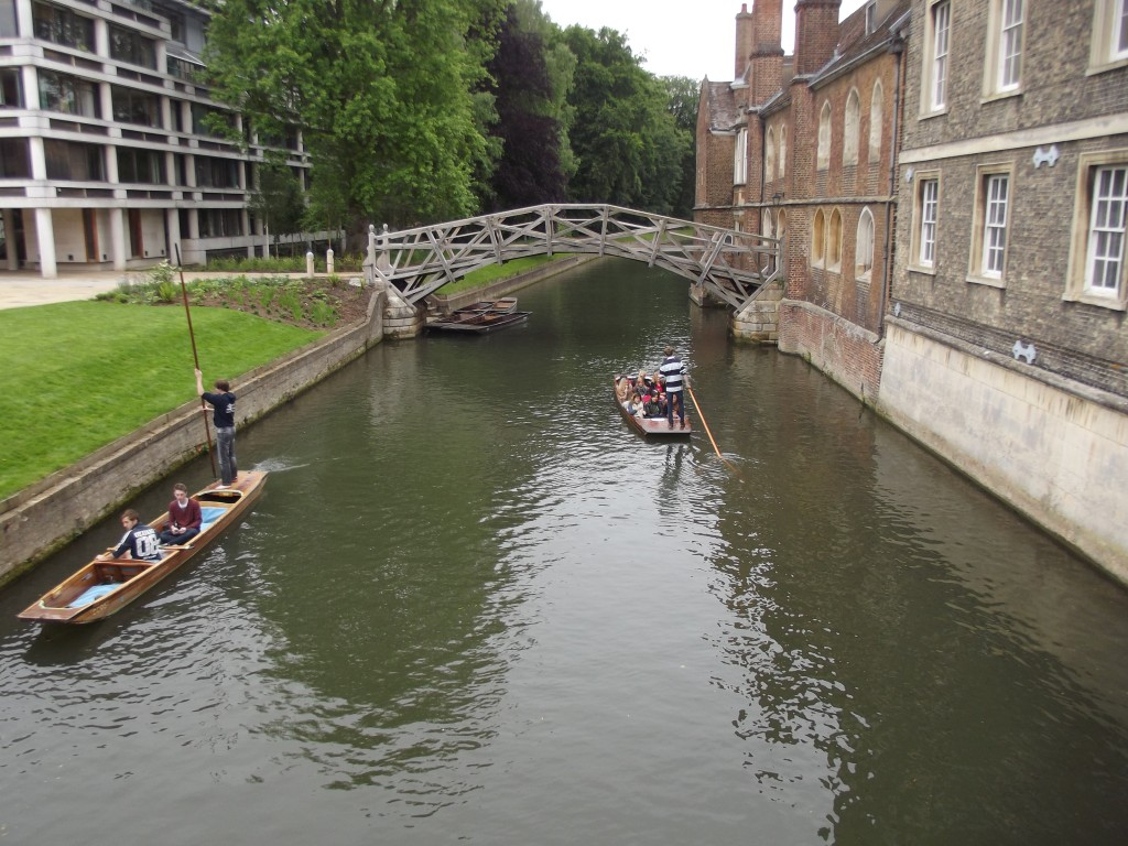 Cambridge - a classic view of the 'Mathematical Bridge'.