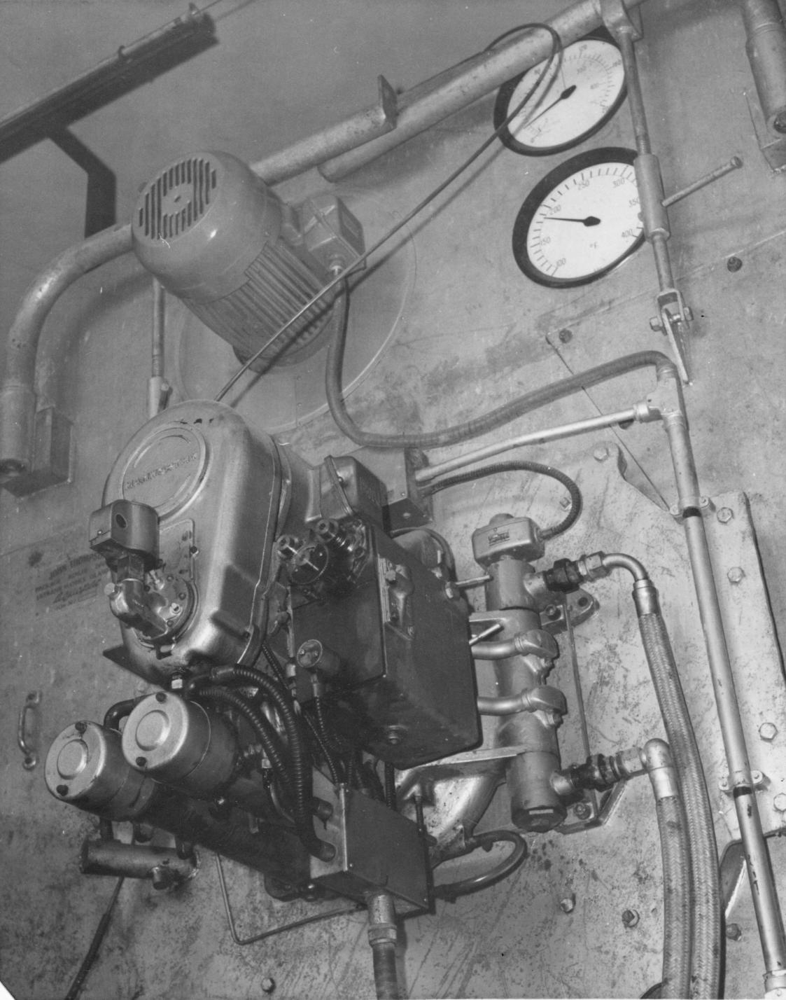 Hamworthy oil-fired burner for original boiler